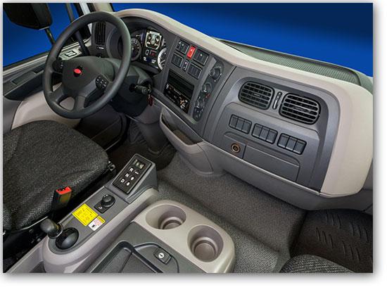 Camion Peterbilt modèle 220 intérieur