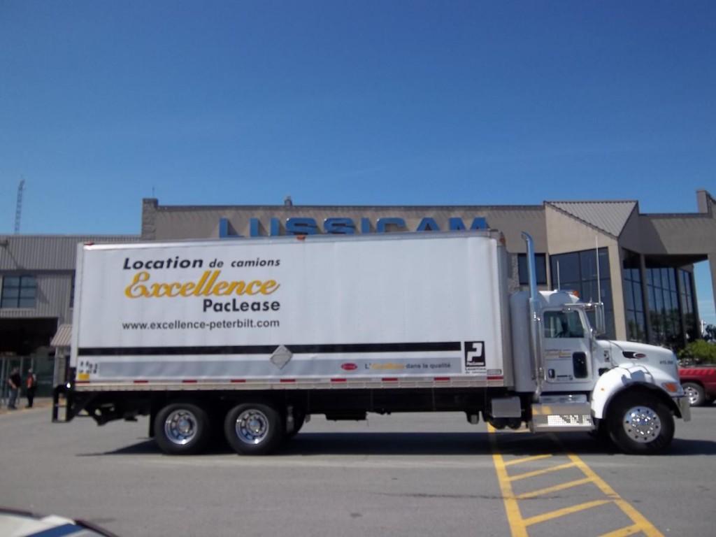 camion porteur 10 roues camions excellence peterbilt. Black Bedroom Furniture Sets. Home Design Ideas