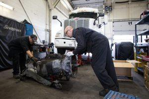 Installation, entretien et réparation de transmissions et différentiels pour camions lourds