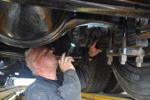 Réparation de suspension de camion lourd
